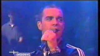 Robbie Williams - Win Some Lose Some (Live at Overdrive)