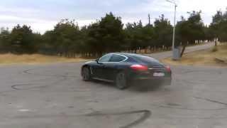 Porsche Panamera 4S doing donuts