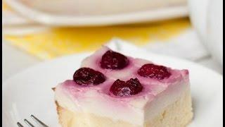 Пирог с вишней и заварным кремом.