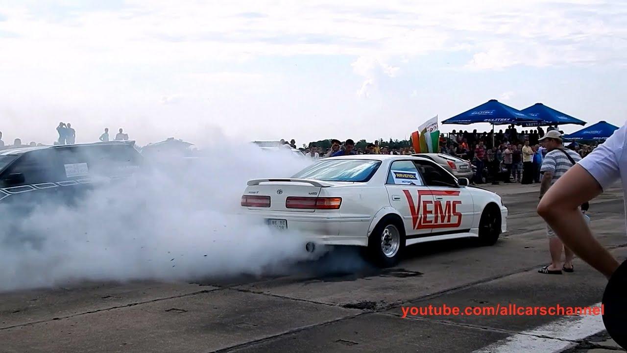 Toyota Mark II vs BMW E36 Muscle Car. Drag Day Tiraspol 2014. + Burnout!!!