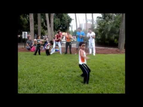 Amazing Capoeira Kid