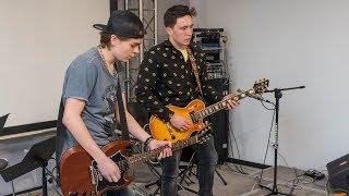 Prezentacje gitarowe ostrowskich muzyków