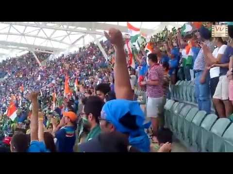 40000 Indian Cricket Fans Singing National Anthem Is Awesome