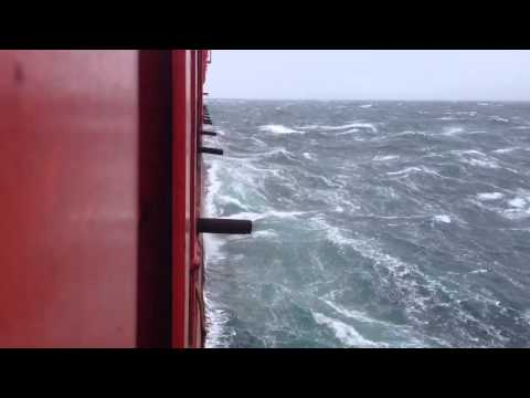 Big waves ( petrojarl foinaven ) Atlantic