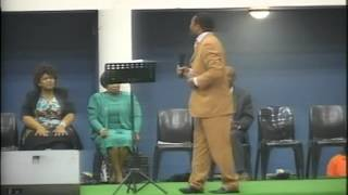 Repeat youtube video Bishop S. Zikhali _ What do you do when the stuation gets out of hand.?.