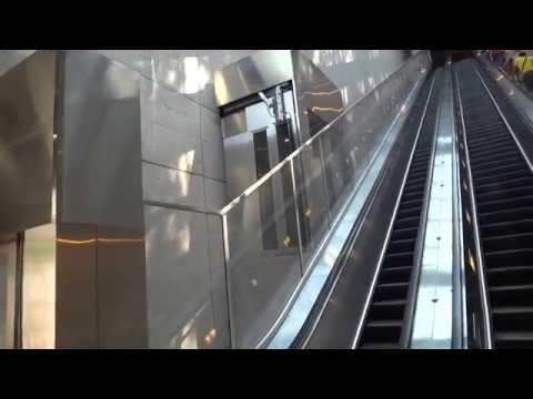 AWESOME Incline funicular elevator @ Huntington Metro Station Huntington VA