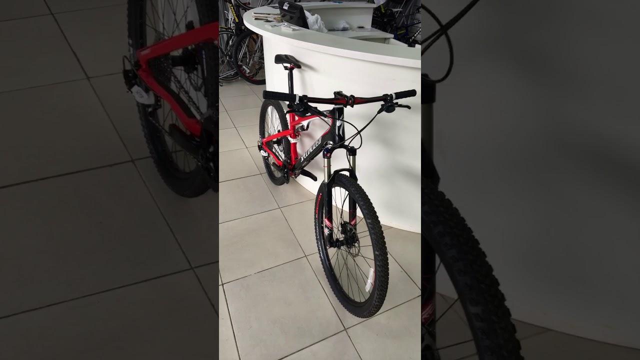 5c5670990 Specialized Epic Comp Carbon Aro 26 2011 Nova Sem Uso - YouTube