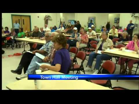 Rep. Pearce holds town hall