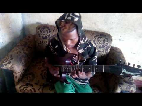 Elie solo aboyi tout le soliste ya  Congo bolanda