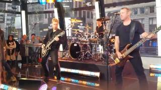 Nickelback - Because of you (  Good Morning America )