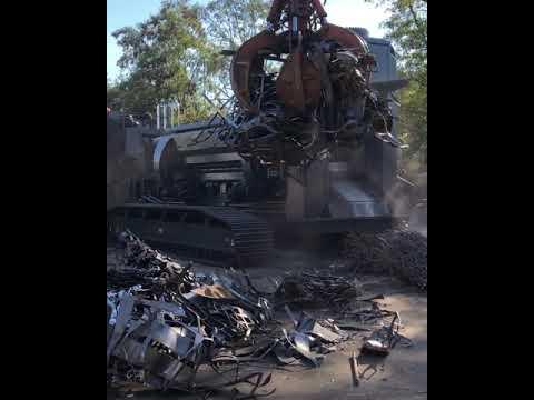 1000T shear/baler on tracks processing skeleton plates & rebar
