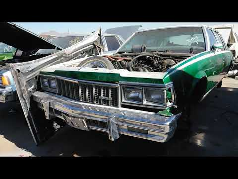 Looking at old cars in Las Vegas junk yard pt2