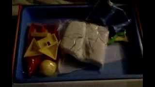 Repeat youtube video living sand versus kinetic sand