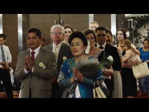 1.Resepsi Pernikahan Eoghan Anthony O'Sullivan dan Sarah Pathricia Nainggolan di Grand Aston Medan