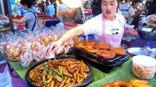 THAI STREET FOOD, BANGKOK STREET FOOD, SIAM SQUARE BANGKOK, ASIAN STREET FOOD, SIAM BANGKOK