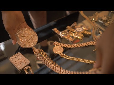 C Montana shows over 240k worth of Jewellery | Link Up TV
