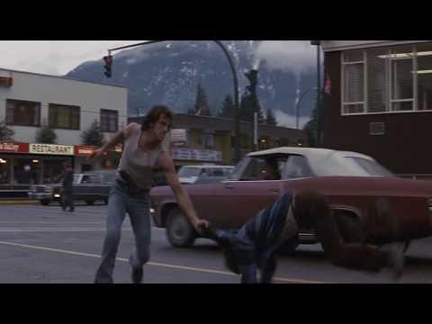 Рэмбо.Первая Кровь 1982 г (Джон Рэмбо сбегает из полицейского участка)