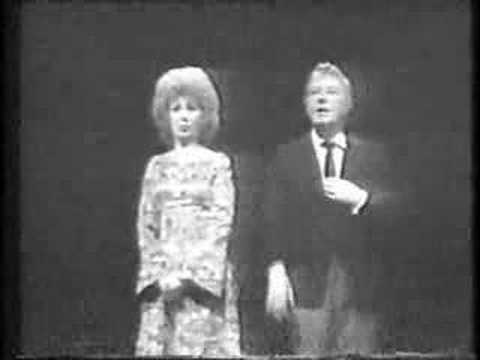 Beverly Sills and Danny Kaye opera parody!