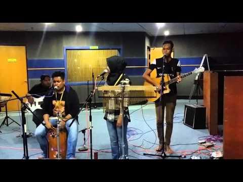 Band Kita - One Avenue Buskers (Setia Bersamamu Johor)