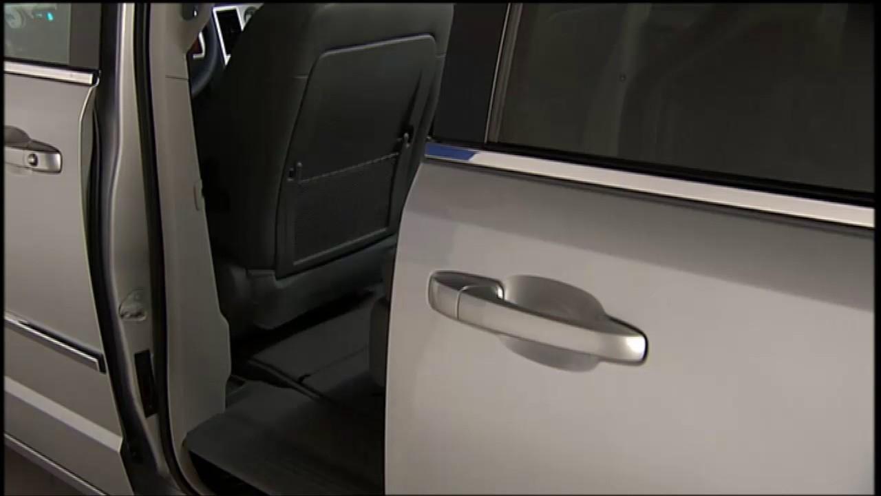 Power Sliding Door - Opening the sideways sliding doors on 2017 Dodge Grand Caravan & Power Sliding Door - Opening the sideways sliding doors on 2017 ... pezcame.com