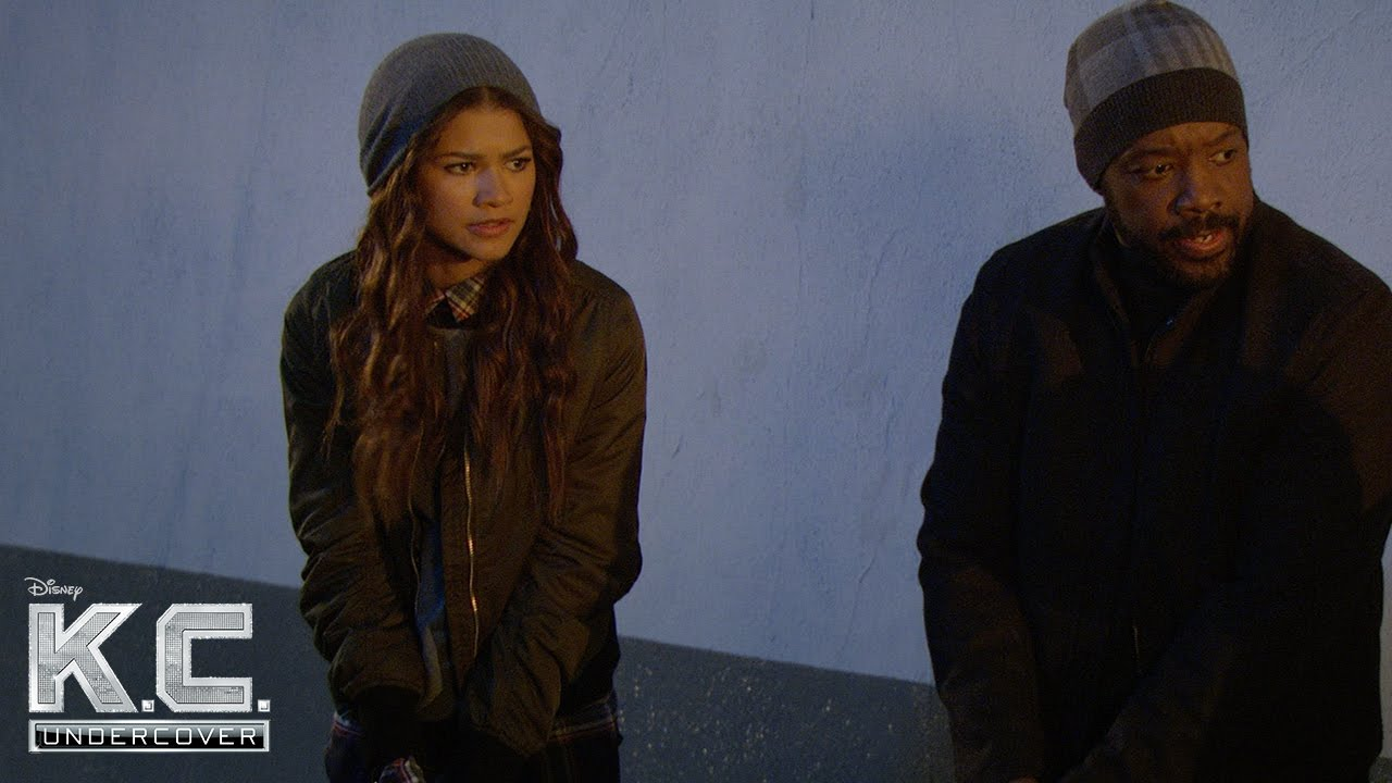 A Christmas Surprise | K.C. Undercover | Disney Channel - YouTube