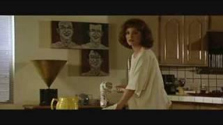 Repeat youtube video Short Cuts Clip - Robert Altman (1993)