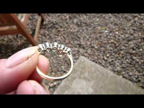 www.fineantiquediamonds.co.uk A FINE ANTIQUE DIAMOND 5 STONE RING