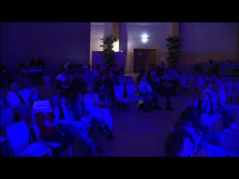 Les Horribles Cernettes live at the Globe
