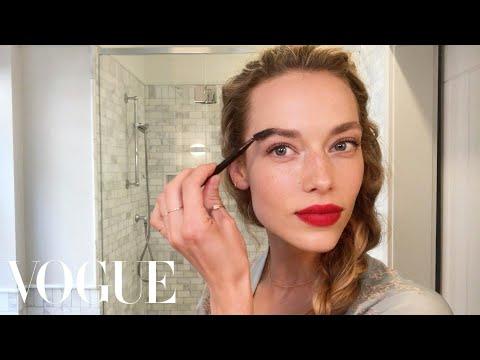 Model Hannah Ferguson's Guide to Her Magic Matte Red Lip | Beauty Secrets | Vogue