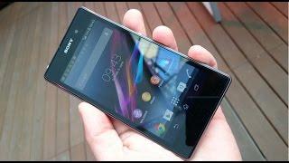 Как снять заднюю крышку на телефоне Sony Xperia Z1