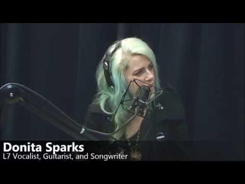Rag House |  Donita Sparks - L7 (Live)