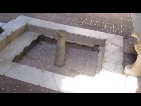 Look inside an ancient Roman villa in Herculaneum