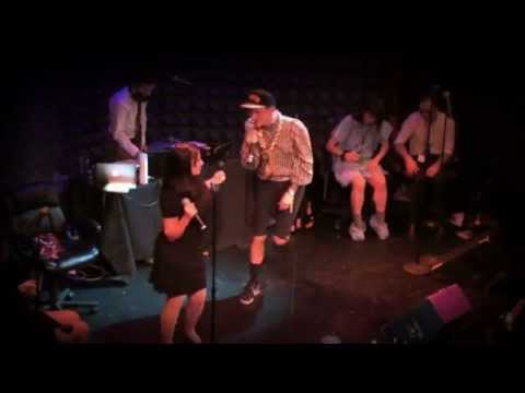CJ FLOW Champagne Jerry feat. Kathleen Hanna ** Official Live Video**