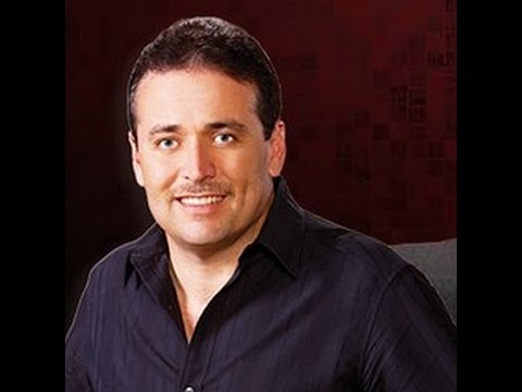 "Darren Cordova ""Vas A Ver"""