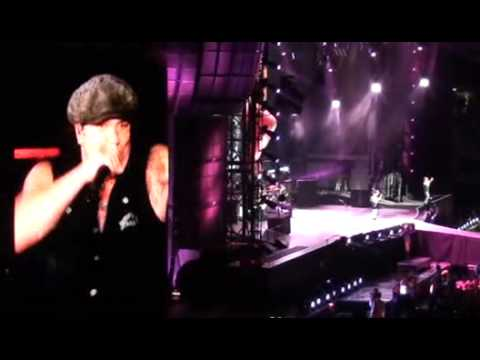 AC/DC - Whole Lotta Rosie [Wembley 26 June...