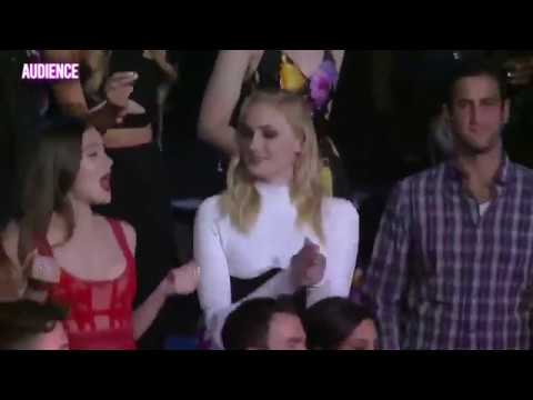 Hailee Steinfeld and Sophie Turner Singing & Dancing To Motivation By Normani MTV VMAs 2019
