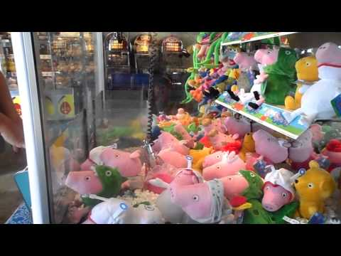 HOW TO WIN ON A CLAW MACHINE GRABBER PEPPA PIG