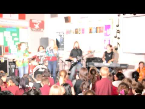 Grade 6 Airband 2015  Guy  Best Song Ever