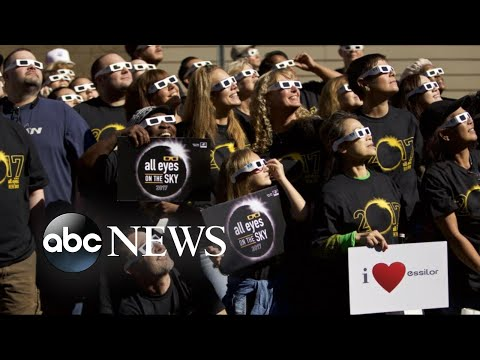 The great American eclipse sweeps across the US