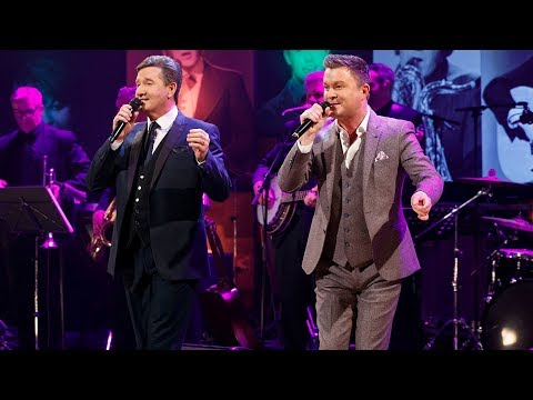 Tipperary Girl/Dance All Night - Daniel O'Donnel and Michael English | The Late Late Show | RTÉ One