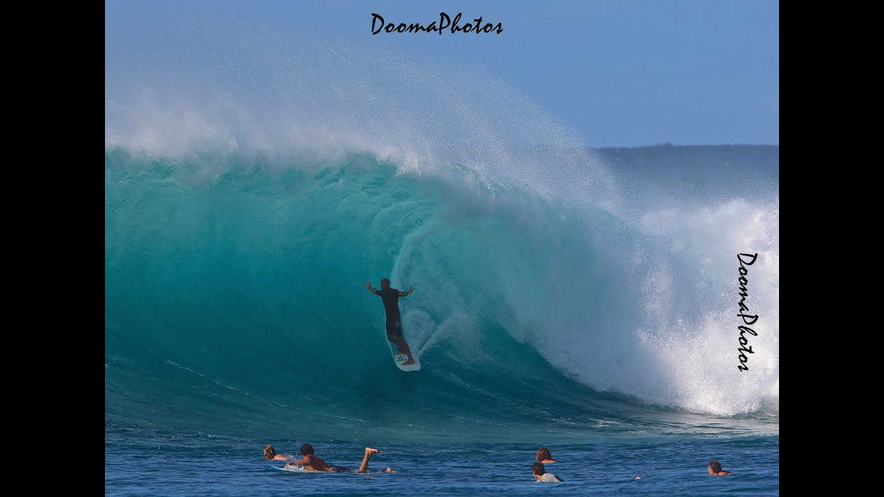 THE SLATER SITUATION AT HONOLUA BAY 138903 | SURFLINE COM