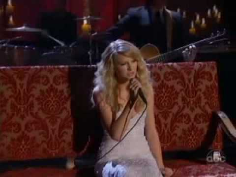 Taylor Swift - White Horse (Live At The 2008 AMAs)