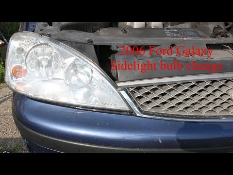 Changing The Offside Sidelight On A 2006 Ford Galaxy Mk2