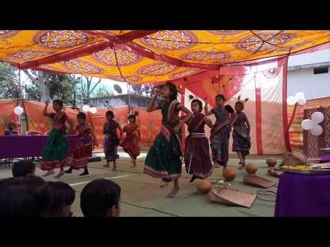 Chatka kari na Nana waina song with Renu dance