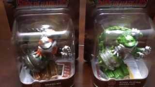 Skylanders Smash Hit & Steel Plated Smash Hit side by side character comparison