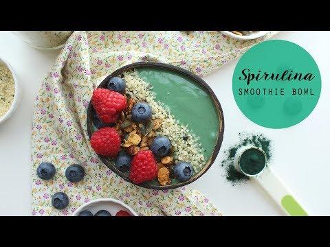 SPIRULINA SMOOTHIE BOWL | Ricetta per la colazione, vegan, ricca di proteine! | Veglife Channel