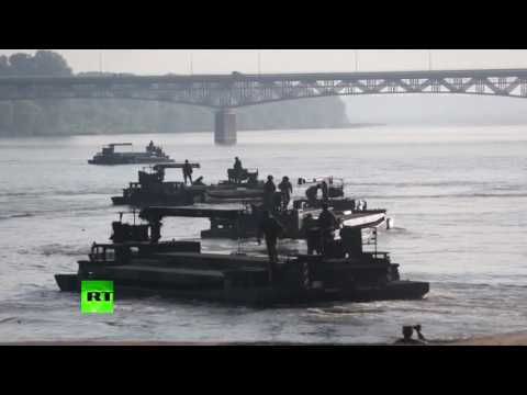 Anaconda drills: NATO troops build temporary bridge over Poland's Vistula River