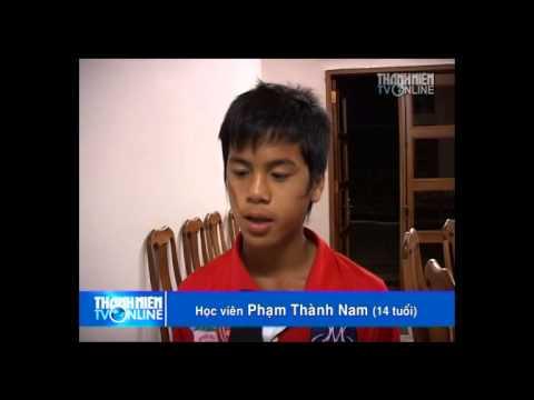 U.19 Viet Nam Xuân Trường, Công Phượng, Đông Triều, Văn Toàn học anh văn, chơi game play station