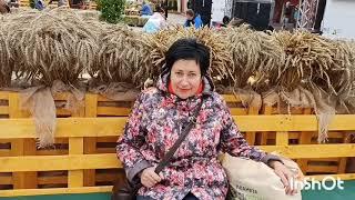 Пенсионерка подарком довольна💰 Фестиваль уличной еды ☕ #подарок#деньги#фестиваль#еда