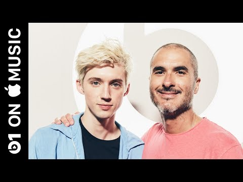 "Troye Sivan: ""Dance to This"" ft. Ariana Grande 